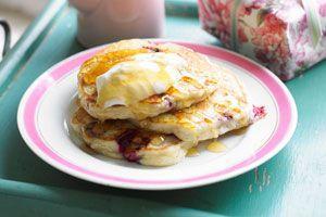 Banana raspberry pancakes